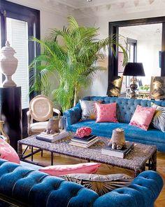 Soledad Suárez de Lezo living room navy traditional pink palm...IS THAT DOOR MIDNIGHT BLUE?