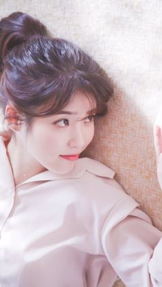 IU /She is soooo goddamn pretty Korean Actresses, Korean Actors, Kpop Girl Groups, Kpop Girls, Korean Beauty, Asian Beauty, Korean Girl, Asian Girl, Art Anime