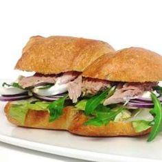 Legelő Salátabár - Házhozszállítás | LeFood Salmon Burgers, Cravings, Sandwiches, Dishes, Ethnic Recipes, Food, Tablewares, Essen, Meals