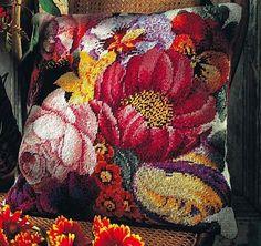 Posy of Flowers - Strik og broderi - garn, kits og designs i Sommerfuglen