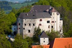 Burg Plankenstein, Texing, Mostviertel, Austria Location Finder, Austro Hungarian, Austria Travel, Back To Reality, Medieval Castle, All Over The World, Castles, The Good Place, Places To Go