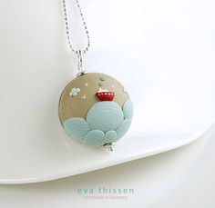 Handmade Polymer Clay Pendant by Eva Thissen. Fimo Polymer Clay, Polymer Clay Necklace, Polymer Clay Pendant, Polymer Clay Projects, Polymer Clay Creations, Handmade Polymer Clay, Clay Beads, Clay Crafts, Plastic Fou
