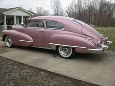 Cadillac Sedanette Fastback pink metallic - 1947 - Picture 03CHD304539466B
