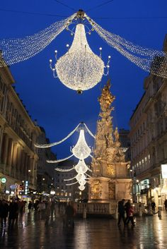 Christmas in Vienna I now wish to travel to Vienna <3