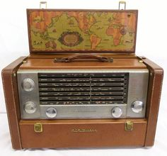 Vintage RCA Victor Strato-World Short Wave 7-Band Portable Radio Superheterodyne 3-BX-671 with Brown Cowhide Case World and Time Zone Map