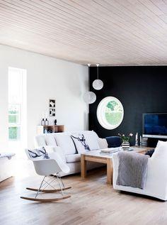 Interieur inspiratie - strak interieur. Voor meer wooninspiratie kijk ook eens op  http://www.wonenonline.nl/