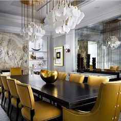 Dining by @u31design @brandon_barre #art #apartment #architecturelovers #chandeliers #luxe #lighting #chic #daily #decor #design #dinningroom #mirror #fireplace #style #glam #furniture #house #home #gold #interiordesign #interior