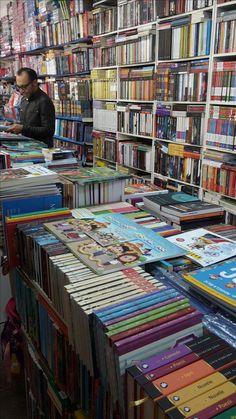 """Auxiliarul """"La școală cu Pic, Pac Poc"""" se poate comercializa online de pe sie-ul www.educatie.inmures.ro și din librăriile din Tîrgu-Mureș."""