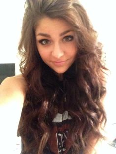 Hey guys! Btw I'm changing my face claim to Andrea Russet.