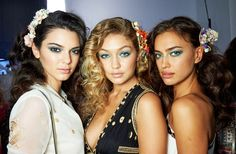 20 ways to nail the blue eyeliner trend!