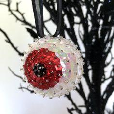 Halloween Eyeballs, Halloween Ornaments, Halloween Trees, Christmas Diy, Christmas Bulbs, Sequin Crafts, Sequin Ornaments, Styrofoam Ball, Black Ribbon