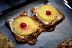 Toast Hawaii Pineapple Slices, Canned Pineapple, Best Toasts, Tomato Rice, Canned Cherries, Tv Chefs, World Recipes, How To Make Cheese, Popular Recipes