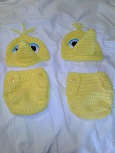 Check out this item in my Etsy shop https://www.etsy.com/listing/209366825/crochet-big-bird-diaper-set