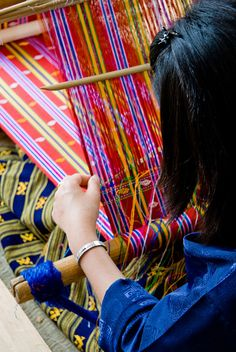 handweaving, Bhutan - love the bright colors!