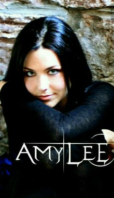 Buy Prints Online, Bring Me To Life, Amy Lee Evanescence, Women Of Rock, Pinterest Images, Rock Bands, Metal Bands, Better Half, Love Pictures