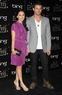 Daniel Gillies (Elijah) is married to Rachel Leigh Cook! Had no idea until I just saw it on E!