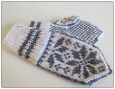 Hjerte GO`H Design Norwegian Knitting, H Design, Knit Mittens, Diy And Crafts, Gloves, Barn, Wool, Quilts, Children