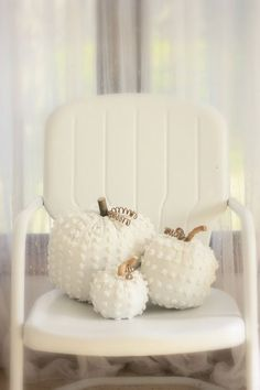 White Chenille Pumpkins - DIY project.. would be cute to do with a mixture of fall colored fabrics or white and orange and brown.