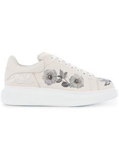 star embellished sneakers - White N LRoAy