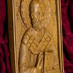 Saint Nicholas aromatic wall icon/plaque made with pure beeswax, mastic and incense from Mount Athos. Saint Nicholas, Patron Saints, Christian Gifts, Wall Plaques, Sailor, Statue, Pure Products, Art, Art Background