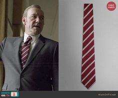 Francis's burgundy diagonal striped tie on House of Cards.  Outfit Details: http://wornontv.net/46471/ #HouseofCards