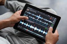 Traktor DJ on the iPad