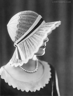 INSPIRE ME! #CUSTOMWEDDING! bezazzled.com ❤ - Old Hollywood Starlet photography vintage - WEDDINGS, IT'S ALL ABOUT THE HAT!
