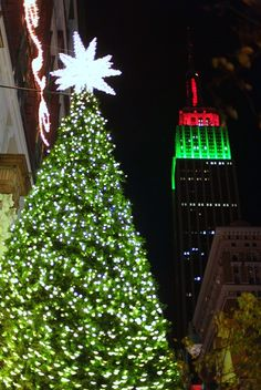 Empire State building in red and green for Christmas!