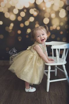 Just wanted to share this Super Cute photo taken by Kali Eden Photography with a great use of the Away We Go Photo Backdrop!