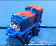 Thomas & Friends Minis - Scruff as The Atom