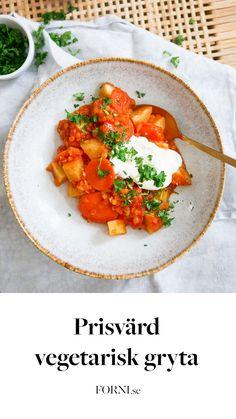 FORNIs matproffs Amanda tipsar om en smarrig vegetarisk gryta med råvaror i säsong som dessutom är super-prisvärd!