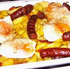 Tepsis burgonya III. Fruit Salad, Sausage, Brunch, Breakfast, Food, Morning Coffee, Fruit Salads, Sausages, Essen