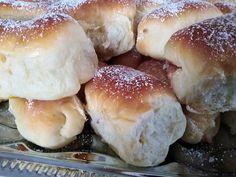 Bukta, mindig így sütöm, mert finom és hamar el is készül! - Egyszerű Gyors Receptek Minion, Hamburger, Bread, Food, Brot, Essen, Minions, Baking, Burgers