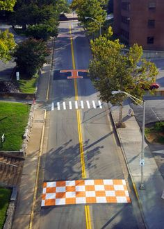 ainting complete! Peyton Manning Pass now resembles UT's Shields–Watkins football field. Painting of the T began last week and the finishing touches were completed this weekend. Go Vols!