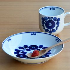 "♪♬♪♬♪ 【Hakusan pottery】Bloom / Free Dish / ""Bouquet"" /Mug & Plate (M)size / Hasami / Made In Japan"