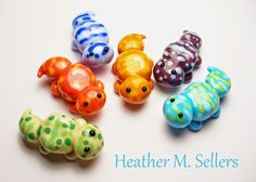 A clutch of leopard geckos. A special project by Heather Sellers for Beads of Courage. #dragonflylampworks