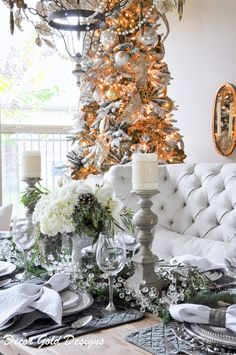 Christmas dining room. Elegant white and green