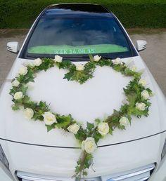 decoration de voiture fleurs forme de cur - Fleurs Capot De Voiture Mariage