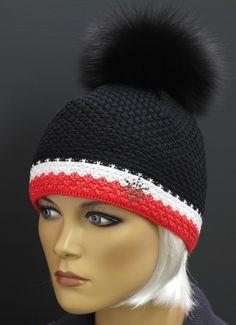 R Jet FOR YOU dámská pletená čepice s kožešinovou bambulí  cerna  cervena bila cepice black white red fur pompon hat e976b6d161