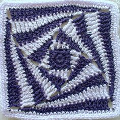 Transcendent Crochet a Solid Granny Square Ideas. Inconceivable Crochet a Solid Granny Square Ideas. Crochet Afghans, Crochet Motifs, Crochet Blocks, Crochet Squares, Crochet Stitches, Spiral Crochet, Crochet Amigurumi, Crochet Yarn, Point Granny Au Crochet