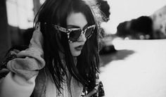 Explore the Marc Jacobs Spring 2017 advertising campaign starring Frances Bean Cobain. Pretty People, Beautiful People, Beautiful Pictures, Zoe Nightshade, Frances Bean Cobain, Cover Style, Alice In Chains, Beautiful Wife, Got The Look