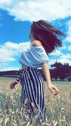Teenage Girl Photography, Portrait Photography Poses, Photography Poses Women, Girl Photography Poses, Best Photo Poses, Girl Photo Poses, Girl Poses, Stylish Photo Pose, Stylish Girl Pic