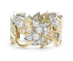 Four Leaves Ring in 18k gold with round brilliant diamonds in platinum.  Designed by Jean Schlumberger  #jewellery