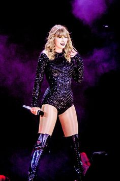 Everything is too good - Taylor Swift Rep - Taylor Swift Repuation, Estilo Taylor Swift, Taylor Swift Concert, Taylor Swift Outfits, Live Taylor, Red Taylor, Taylor Swift Pictures, Divas, Swift Tour