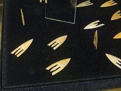 Musée de Penmarch - Armatures armoricaines et poignard en cuivre du Bronze Ancien | par Néolithique02