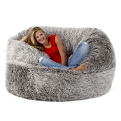 FatSak Beanbag - best bean bag chair by far. Couch With Ottoman, Cool Bean Bags, Small Media Rooms, Sleeper Couch, Cosy Outfit, Small House Interior Design, Shops, Living Room Sofa, Bean Bag Chair