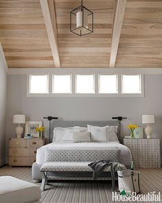 *Master Bedroom benjamin moore gray owl is the best gray paint colour with blue green undertones. Shown in Master bedroom. Benjamin Moore Grey Owl, Best Gray Paint Color, Neutral Paint, Colour Gray, Decoration Gris, Green Decoration, Bedroom Paint Colors, Paint Colours, Wall Colours