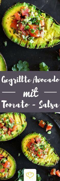 Du hast Avocado noch nicht gegrillt? Solltest du aber! Warm vom Grill und gefüllt mit einer fruchtig-scharfen Salsa kommst du mit dem Löffeln gar nicht mehr hinterher – so verdammt lecker ist die Avocado. Und so einfach zubereitet. Und so schnell gemacht. Und … . (scheduled via http://www.tailwindapp.com?utm_source=pinterest&utm_medium=twpin)