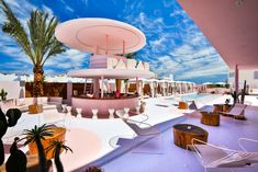 Art Hotel Paradiso Ibiza / IlmioDesign Completed in 2018 in Spain. Images by Adam Johnston. The interior design project we have developed for Art Hotel Paradiso Ibiza is based on two key inspirations: Miami Beach which we identify as pastel. Hotel Ibiza, Pool Side Bar, Pool Bar, Estilo Kitsch, Miami Art Deco, Estilo Tropical, Hotel Concept, Perriand, Colorful Interior Design