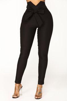 Knot Your Girl Pants - Black – Fashion Nova Fashion Pants, Fashion Outfits, Leggings Fashion, Womens Fashion, High Waisted Dress Pants, Pantalon Long, Casual Outfits, Cute Outfits, Classy Outfits